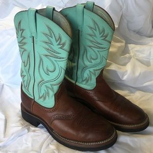 Ariat Womens Boots